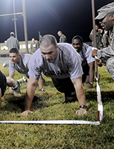 Image of soldiers doing push-ups